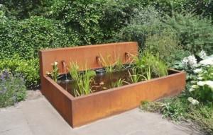 Cortenstaal originele plantenbakken for Terrasvijver maken